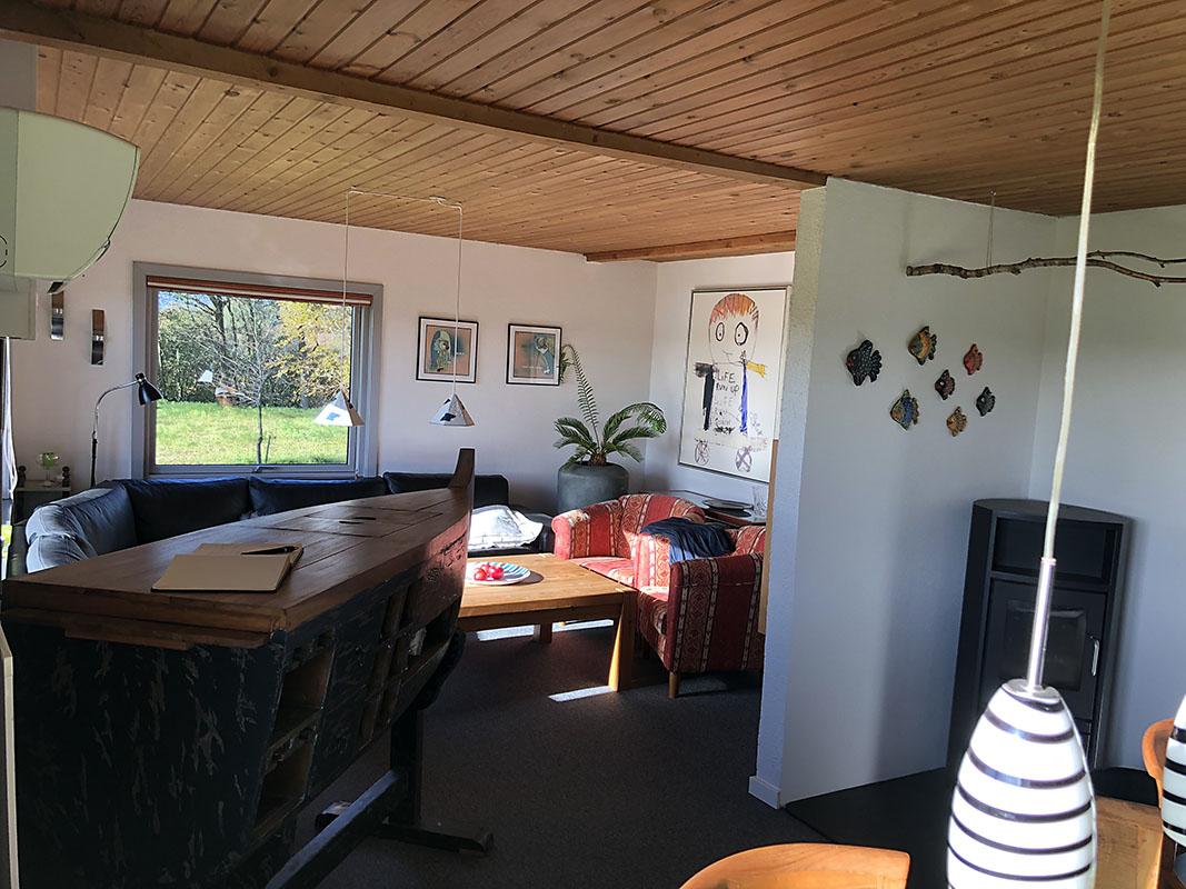Skjernbnb living area